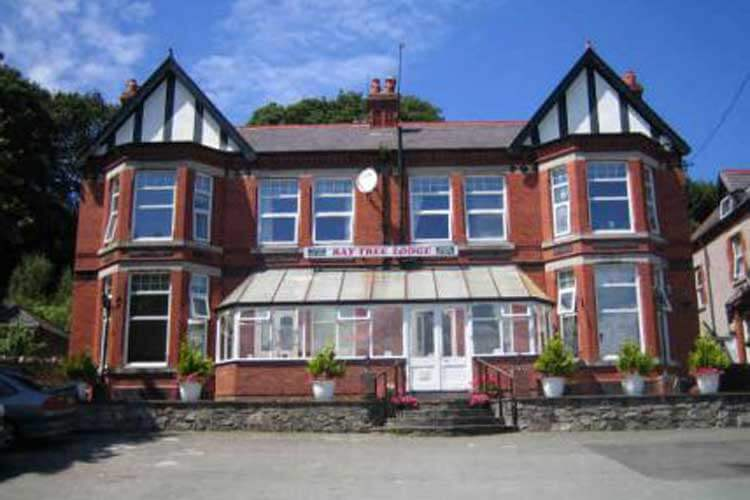 Baytree Lodge - Image 1 - UK Tourism Online