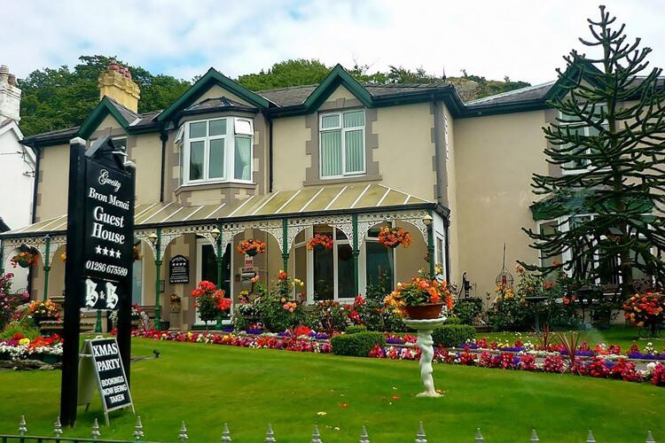 Bron Menai Guest House - Image 1 - UK Tourism Online