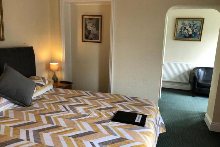 Bron Menai Guest House - Image 3 - UK Tourism Online