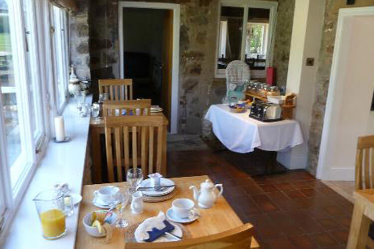 Broncoed Uchaf Country Guest House - Image 5 - UK Tourism Online