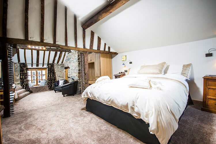 Cornerstones Bed and Breakfast - Image 2 - UK Tourism Online