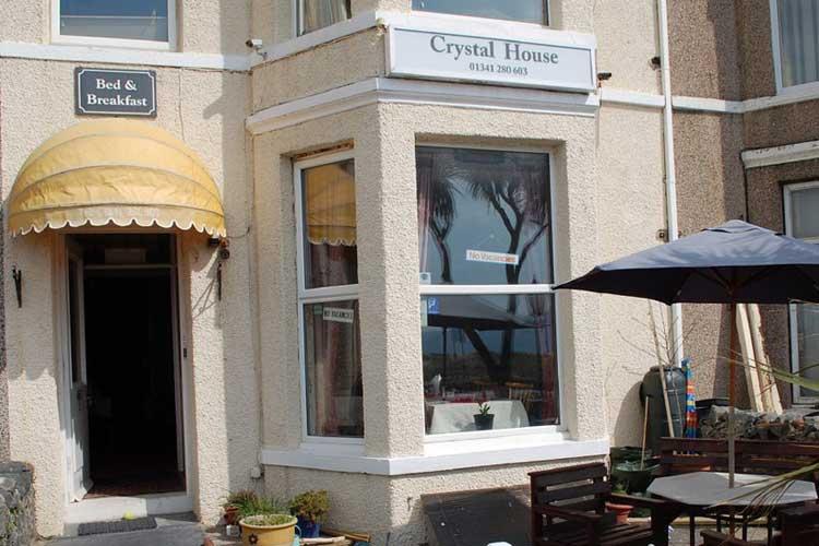 Crystal House - Image 1 - UK Tourism Online