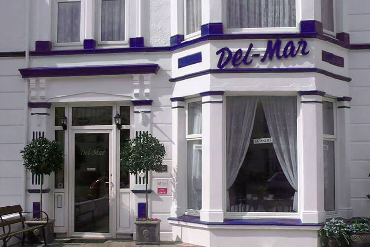 Del Mar Bed and Breakfast - Image 1 - UK Tourism Online