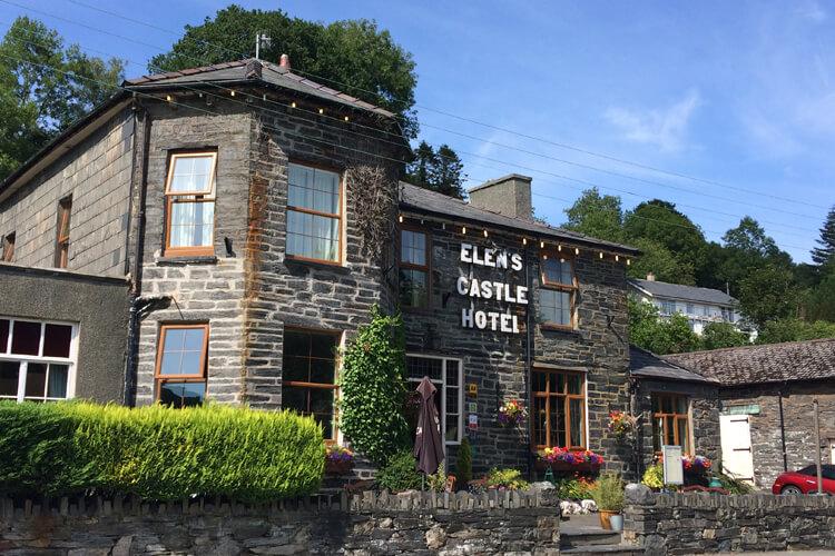 Elens Castle Hotel - Image 1 - UK Tourism Online