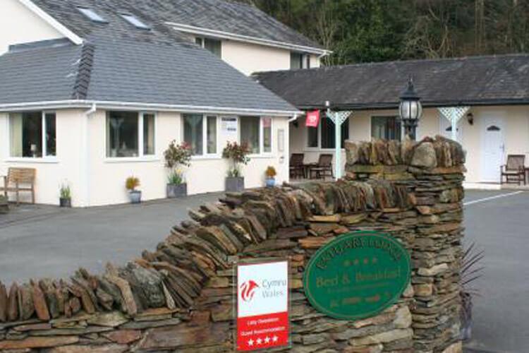 Estuary Lodge - Image 1 - UK Tourism Online