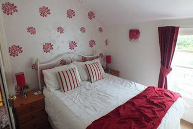 Glan Heulog Bed and Breakfast - Image 2 - UK Tourism Online