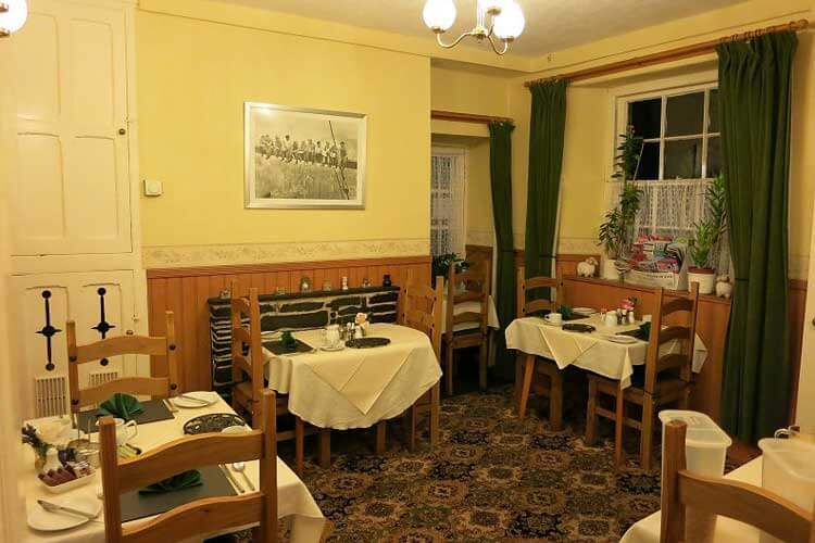 Glan Llugwy Guest House - Image 4 - UK Tourism Online
