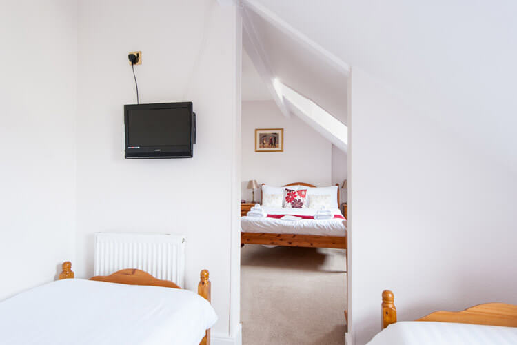 Glascoed Guest House - Image 5 - UK Tourism Online