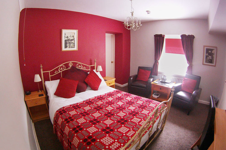 Glyn Peris Guest House - Image 2 - UK Tourism Online