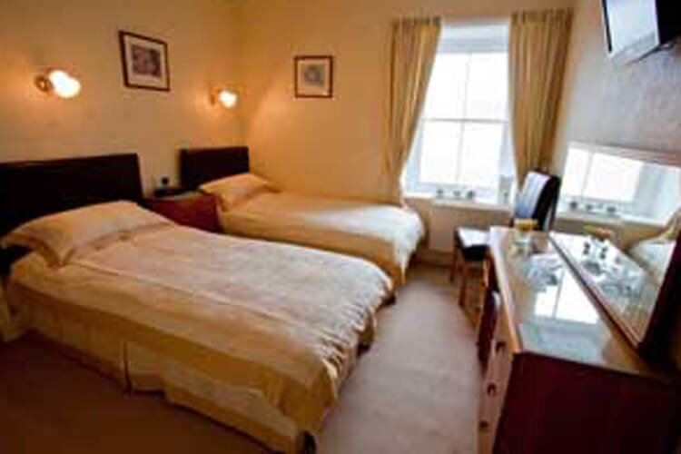 Gwrach Ynys Country Guest House - Image 3 - UK Tourism Online