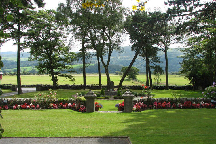 Gwrach Ynys Country Guest House - Image 5 - UK Tourism Online