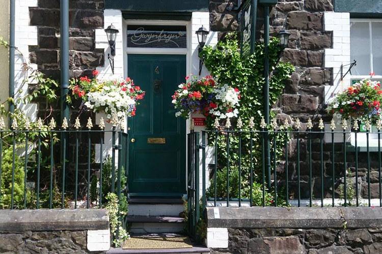 Gwynfryn Bed Breakfast Guest House - Image 1 - UK Tourism Online