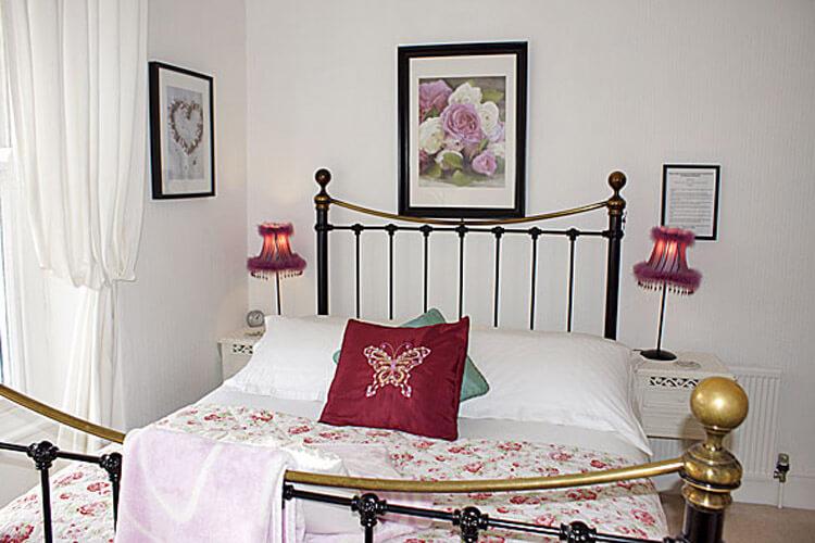Gwynfryn Bed Breakfast Guest House - Image 2 - UK Tourism Online