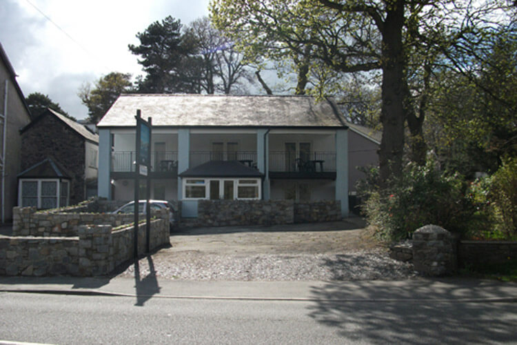 Llanberis Lodges - Image 1 - UK Tourism Online
