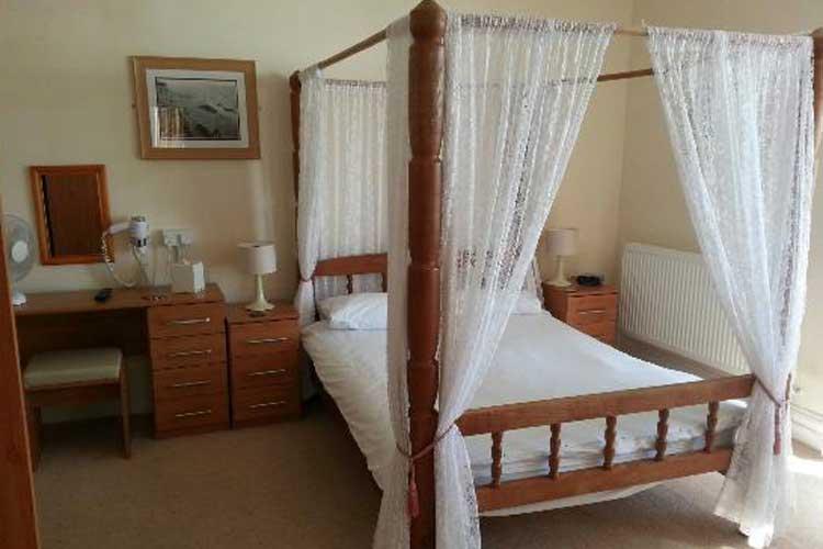 Mor Wyn Guest House - Image 2 - UK Tourism Online
