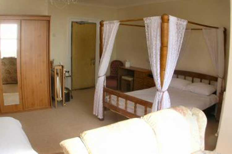 Mor Wyn Guest House - Image 3 - UK Tourism Online