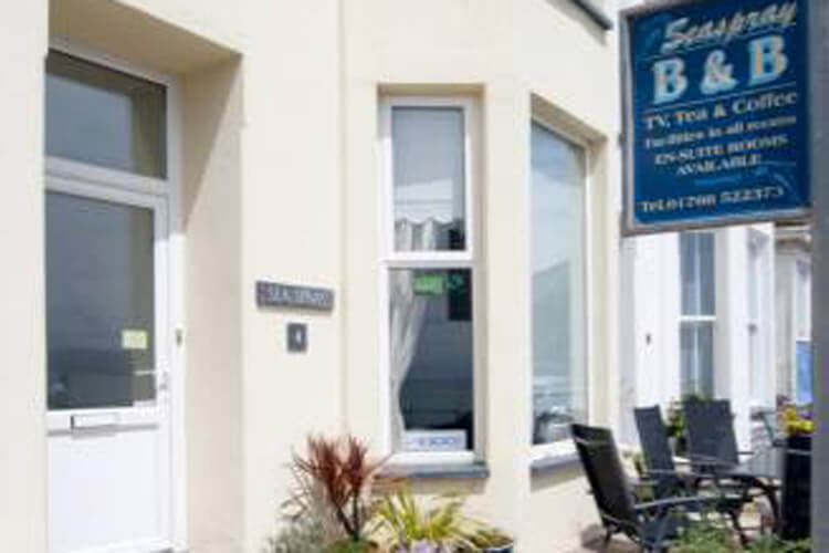 Seaspray Guest House - Image 1 - UK Tourism Online