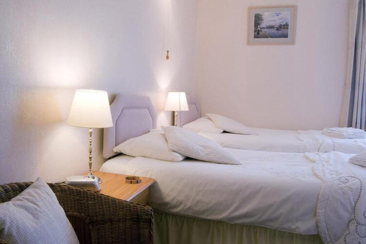 Seaspray Guest House - Image 3 - UK Tourism Online