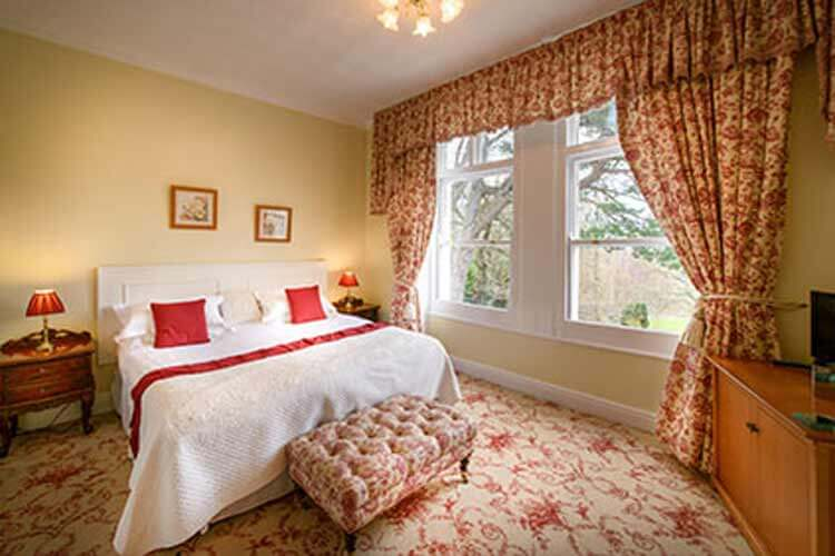 Sychnant Pass Country House - Image 1 - UK Tourism Online