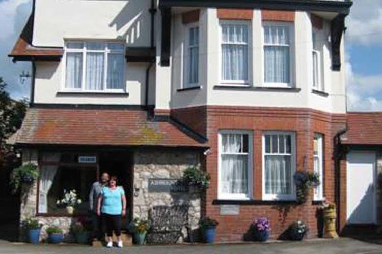 The Ashmount - Image 1 - UK Tourism Online