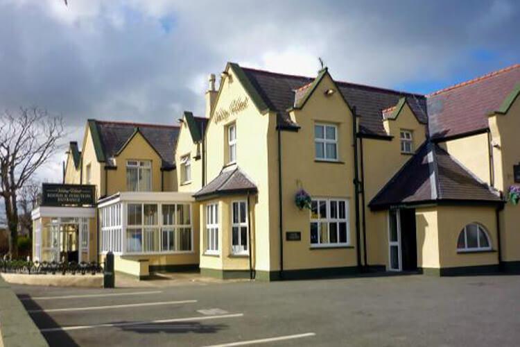 Valley Hotel - Image 1 - UK Tourism Online