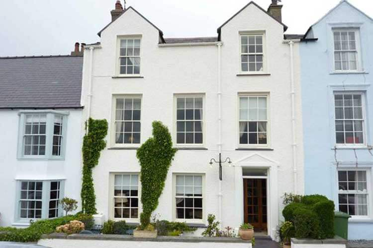 Ty Anne Guest House - Image 1 - UK Tourism Online