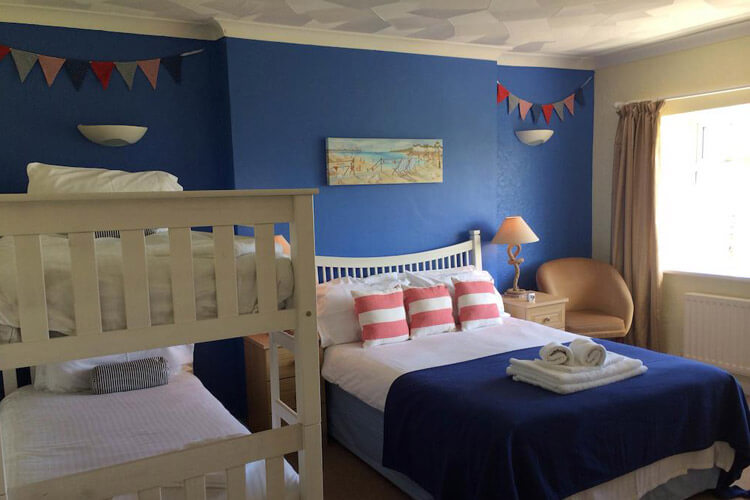 Ty Dderw Country Inn - Image 2 - UK Tourism Online