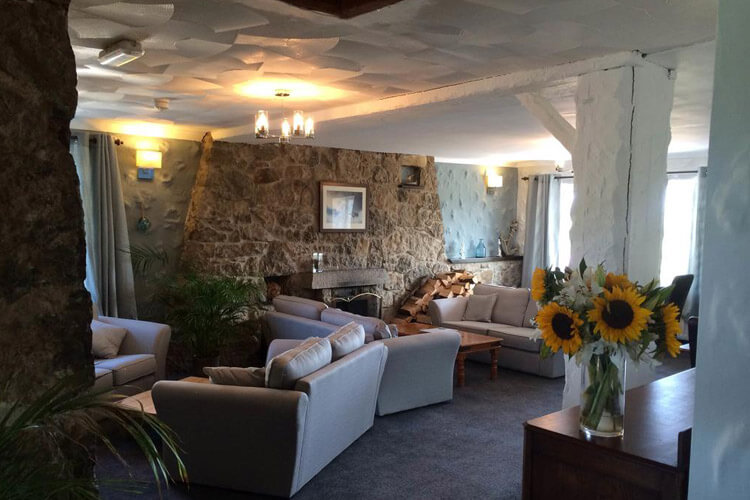Ty Dderw Country Inn - Image 4 - UK Tourism Online