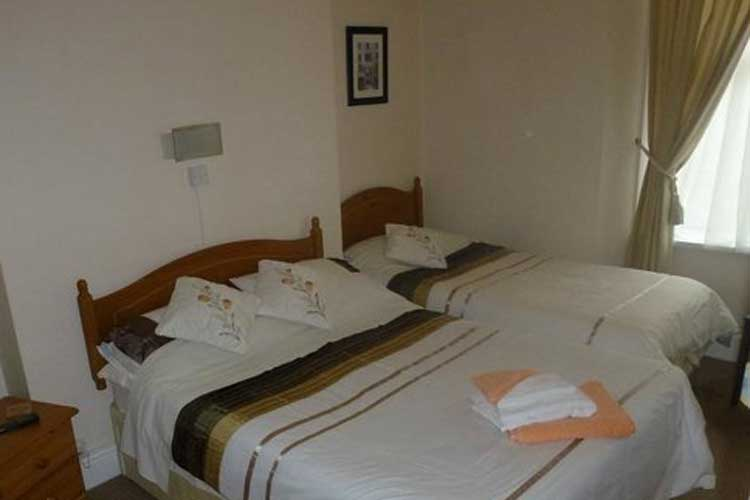 Clement Dale Guest House - Image 3 - UK Tourism Online