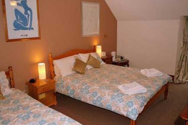 College Guest House - Image 2 - UK Tourism Online