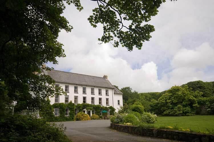 Cuffern Manor - Image 1 - UK Tourism Online