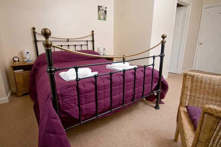 Cuffern Manor - Image 2 - UK Tourism Online