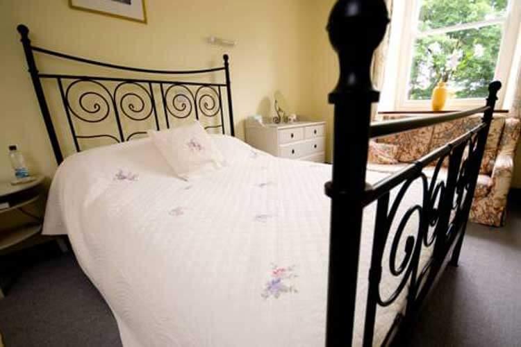 Cuffern Manor - Image 3 - UK Tourism Online