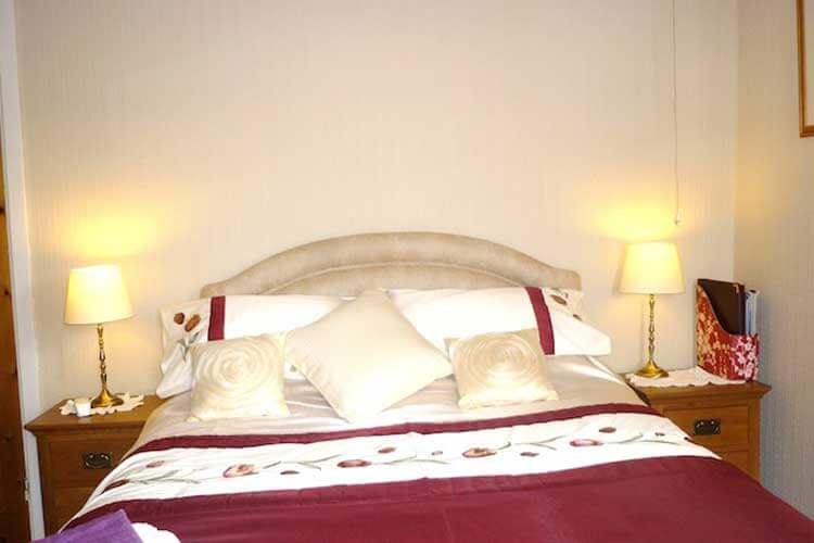 Green Grove Bed and Breakfast - Image 3 - UK Tourism Online