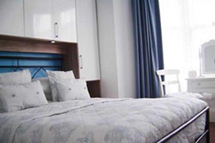 Langdon Villa Guest House - Image 2 - UK Tourism Online