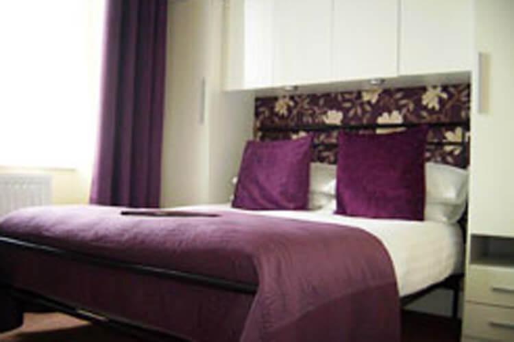 Langdon Villa Guest House - Image 3 - UK Tourism Online