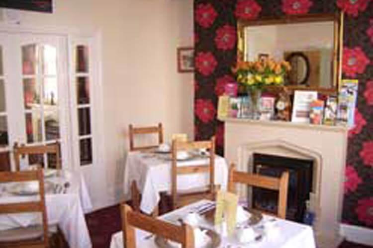 Langdon Villa Guest House - Image 5 - UK Tourism Online