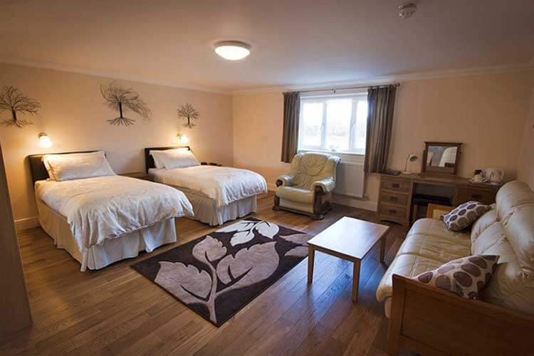 Lovesgrove Country Guest House - Image 2 - UK Tourism Online