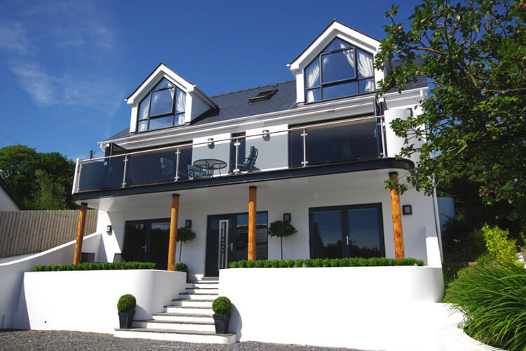 Pen Coed Bed and Breakfast - Image 1 - UK Tourism Online