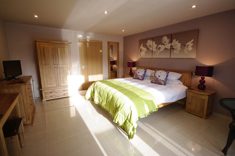 Pen Coed Bed and Breakfast - Image 2 - UK Tourism Online