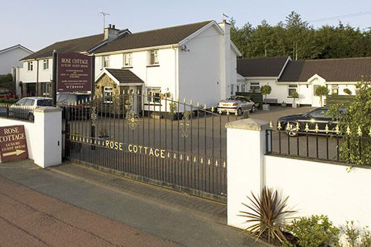 Rose Cottage Guest House - Image 1 - UK Tourism Online