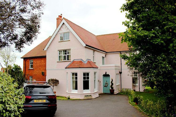 St Katharine's House - Image 1 - UK Tourism Online