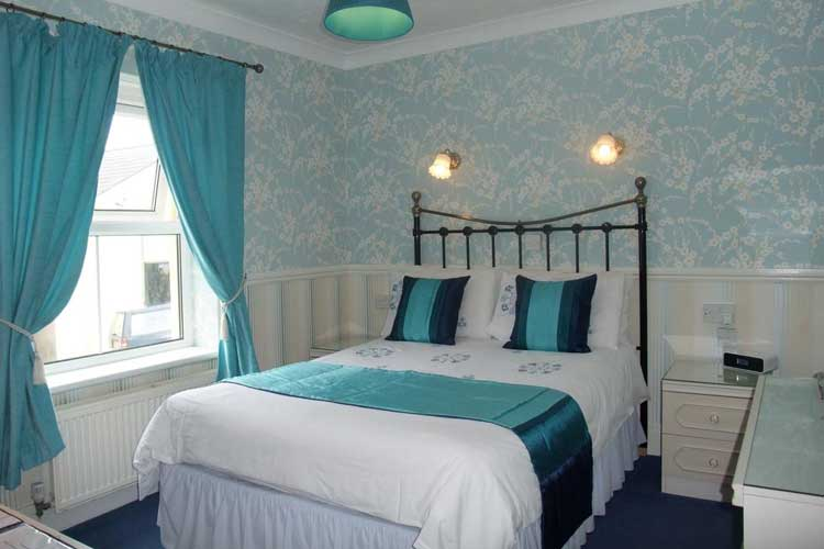 Sunny Bank Guest House - Image 2 - UK Tourism Online