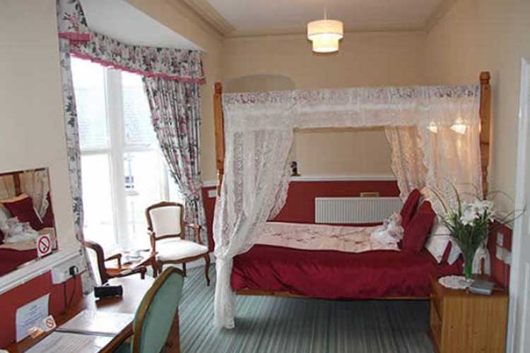 Sunny Bank Guest House - Image 4 - UK Tourism Online