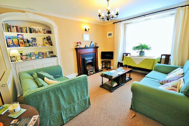 The Coach House - Image 2 - UK Tourism Online