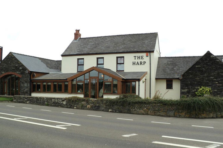 The Harp at Letterston - Image 1 - UK Tourism Online