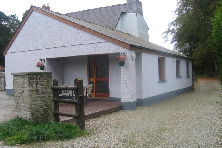 Trefach Farm Holiday Cottages - Image 1 - UK Tourism Online