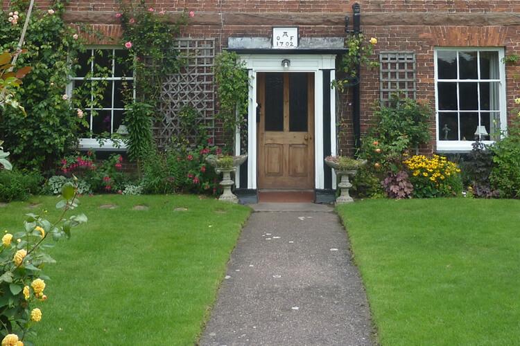 Sambrook Manor Farm - Image 1 - UK Tourism Online