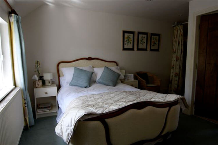 Brook House - Image 1 - UK Tourism Online