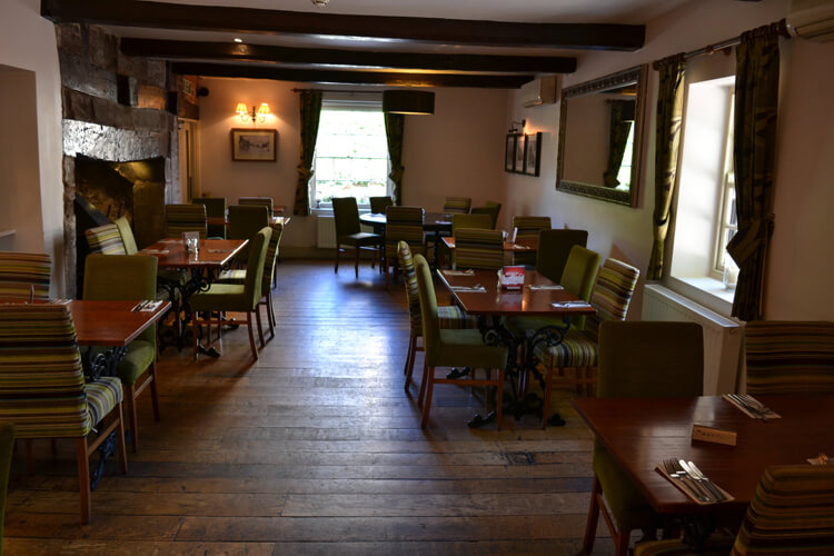 The Crown and Sandys Arms - Image 3 - UK Tourism Online